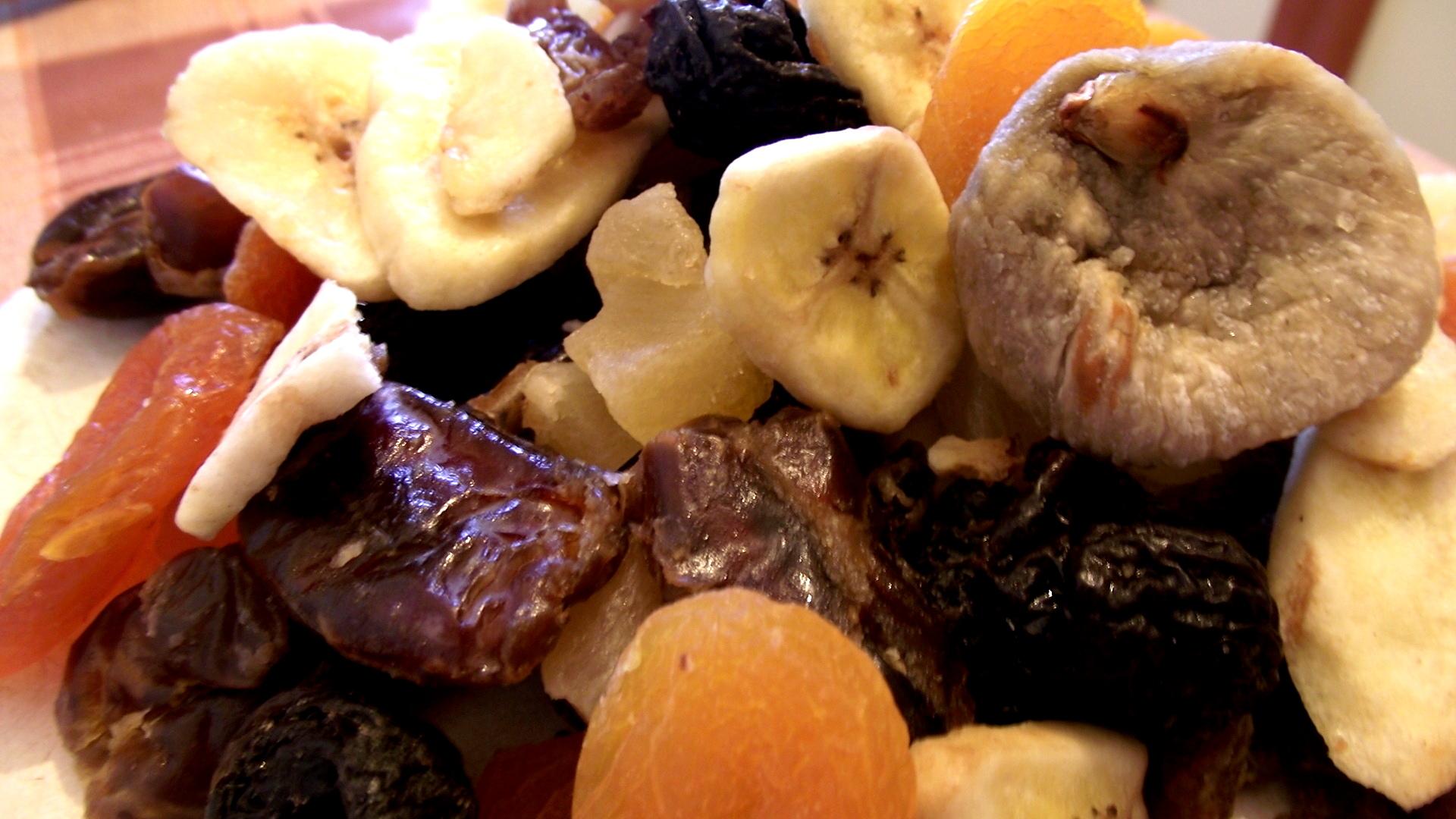 Αποξηραμένα Vs φρέσκα φρούτα