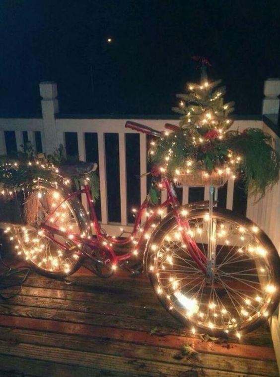 χριστουγεννιατικη διακοσμηση ποδηλατου