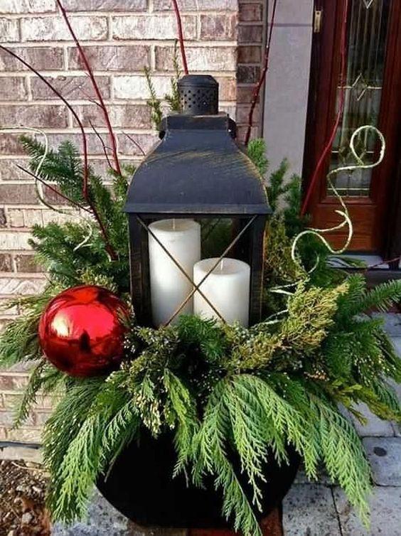 χριστουγεννιατικη διακοσμηση σε γλαστρα